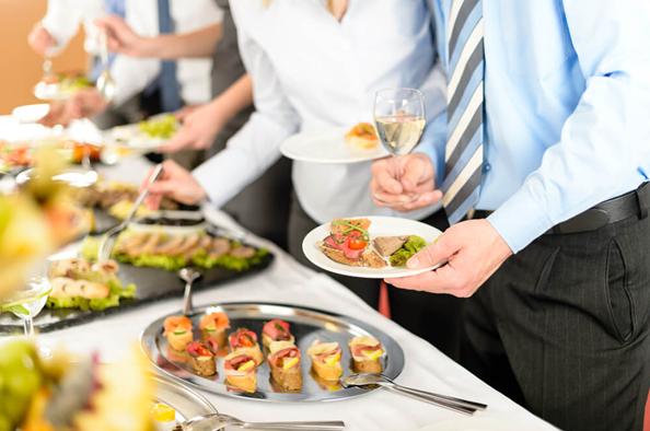 Como montar um buffet? Entenda sobre esse modelo de negócio