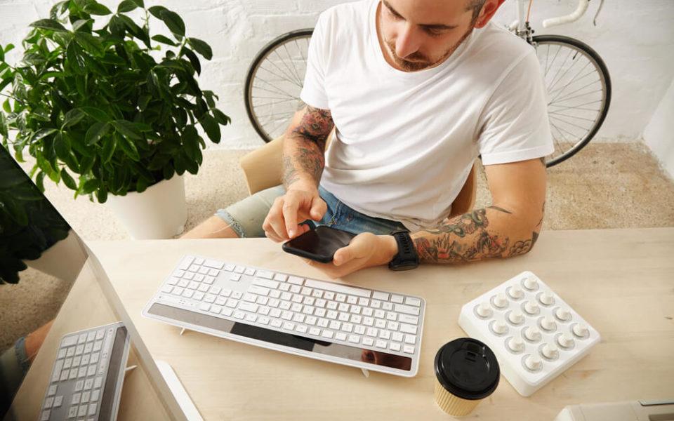 Trabalha em casa? 5 dicas de organização para não perder o controle